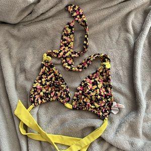 Floral triangle bikini